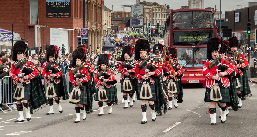 Pipe Band, Piper #1061 Image
