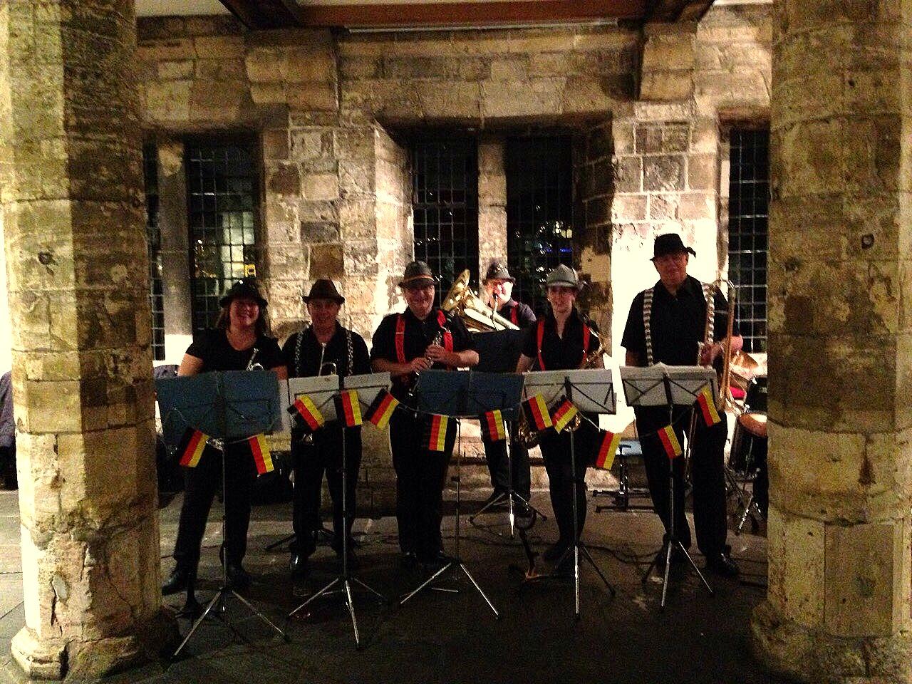 Oompah Band: 1697
