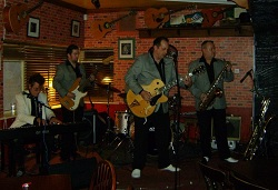 Rock n Roll Band: 2490
