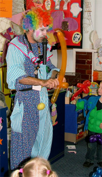 Childrens Entertainer, Magician #3650 Image