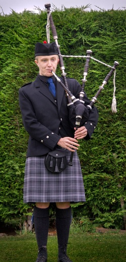 Bagpiper Tyne and Wear: 3821