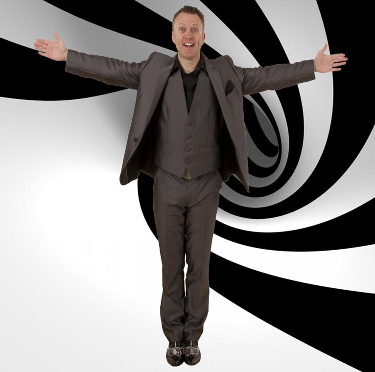 Comedy Hypnotist: 3843