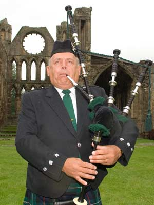 Bagpiper Moray: 2473
