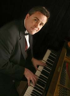 Pianist Berkshire, Ref: 1640