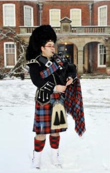 Pipe Band, Piper #750 Image