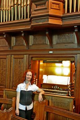 Pianist Highland, Ref: 2683