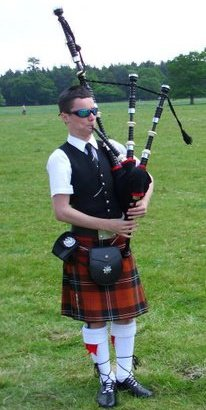 Pipe Band, Piper #2658 Image