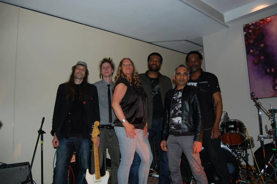 Reggae Band: 2890